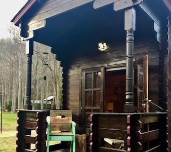 Tiny House on Wheels! THOW River & Mountain Views - Erwin - Ev