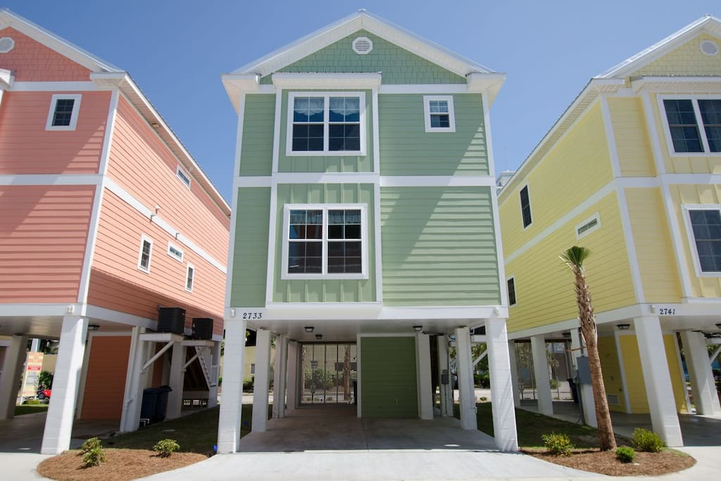 4 br beach house modern and convenient houses for rent in myrtle beach south carolina for Cheap 2 bedroom hotels in myrtle beach sc