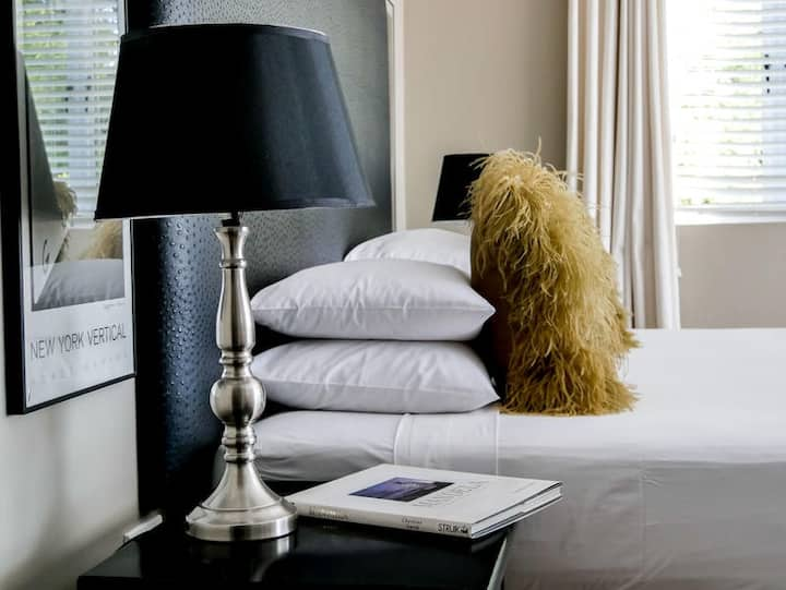 Deluxe double room-Pictures Boutique Hotel