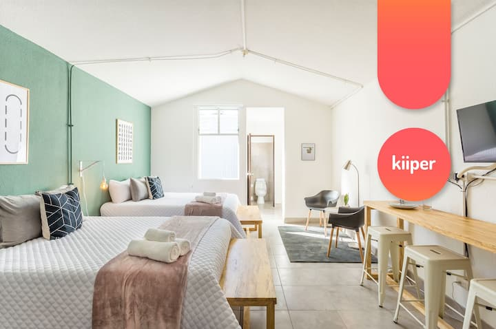 kiiper | Sun-filled Family Studio | 4 PPL