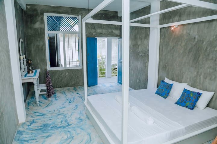 More Joy - Deluxe Room with Balcony - B