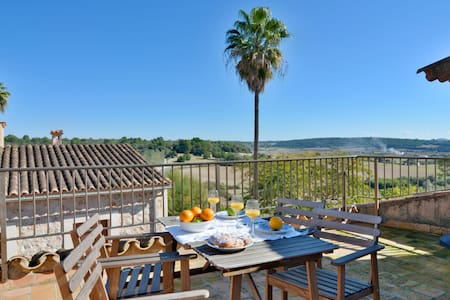 OFFER! Mallorca town house with terrace sleep 6pax - Pina