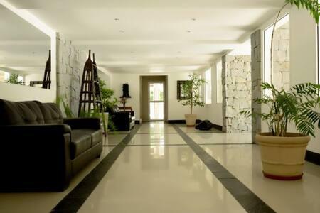 Apartamento Haras Del Lago amoblado prx Aeropuerto - Montevideo - Huoneisto