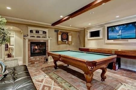 Your party here! Game room and fire pit with view. - Trabuco Canyon