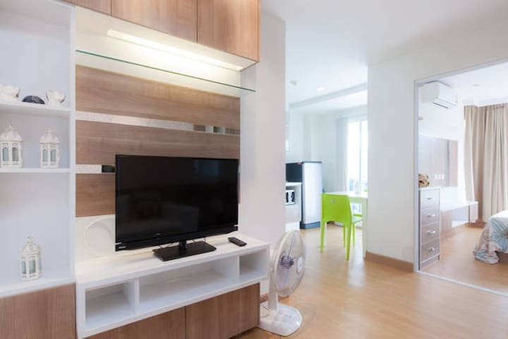 37sqm 1 bedroom condo pool kitchen strong wifi