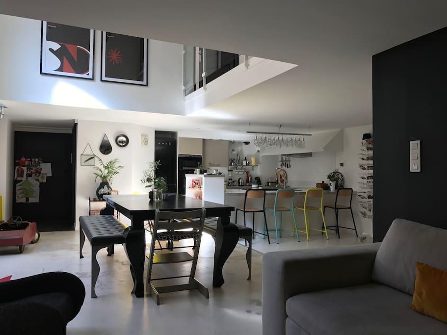 loft duplex 100 m2 avec terrasse sans vis vis loft in affitto a montpellier occitanie francia. Black Bedroom Furniture Sets. Home Design Ideas