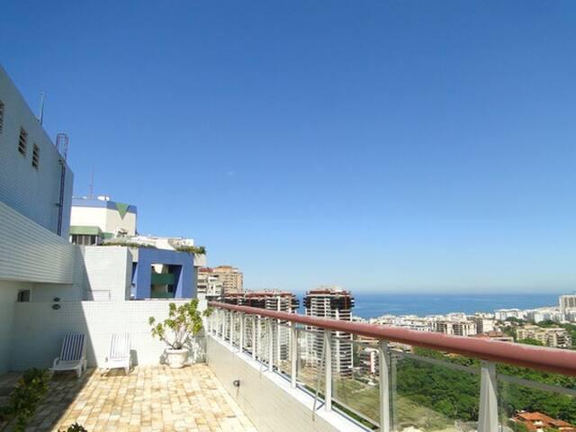 Barra da Tijuca's 75 m² Apt. next to the beach - Rio de Janeiro - Daire