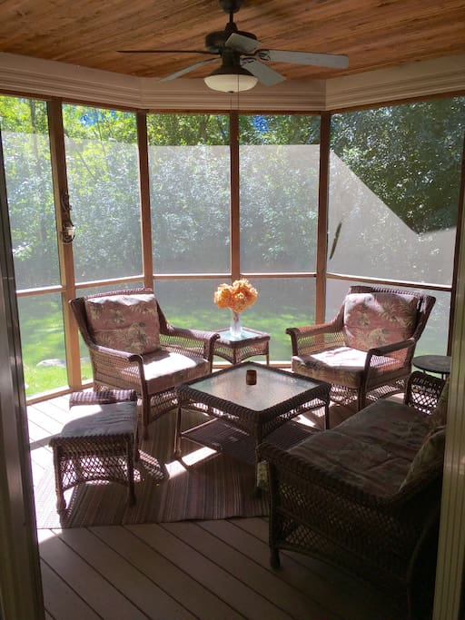 Lovely screened porch in the woods