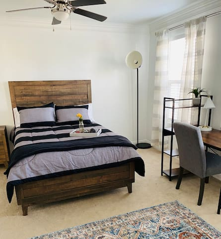 Full-size Bed / Bedroom 3