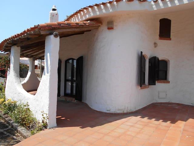 Home Sardinia, Sa Rocca Tunda, Oristano