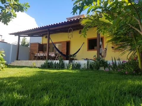 Casa em Barra de Camaratuba a 2min a pé da praia!