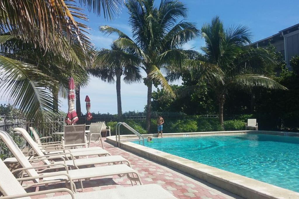Ocean Front Beach Access With Pool Condominiums For Rent In Vero Beach Florida United States