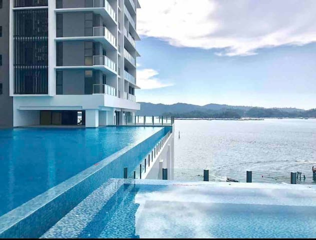 CityCentre Luxury Seaview Condo-市区中心高尚海景大公寓 J&SCO