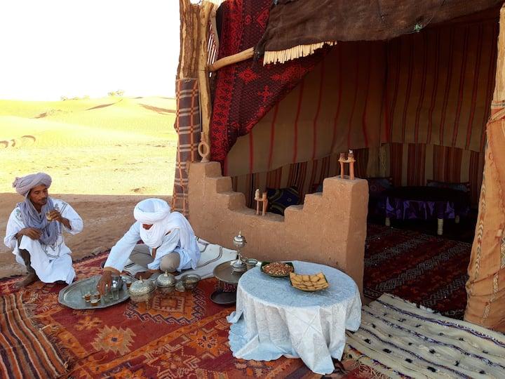 Acacia desert camp