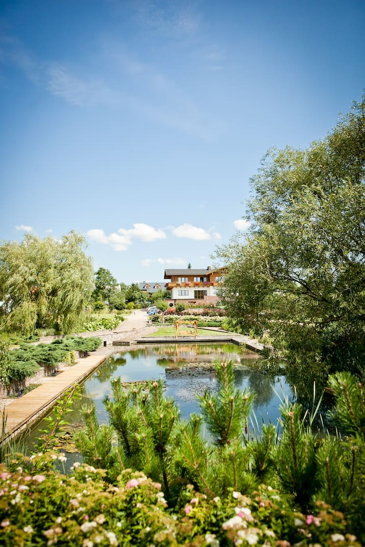 Sokółka Dom Apartament w pięknym parku z basenem