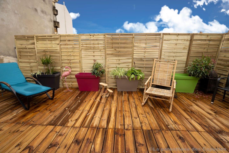 Terrasse avec transats
