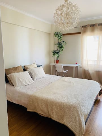 Cozy and bright suite near to city centre