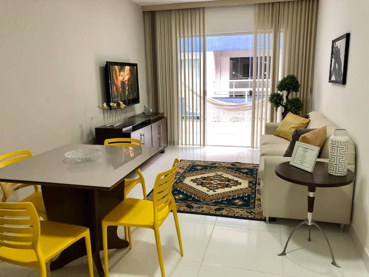 Apartamento espaçoso, limpo, próximo da Praia.