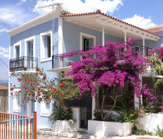 Pylos House Maria - Ground floor flat with patio