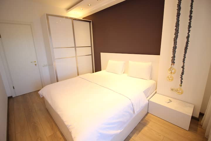 Super Luxury Apartments - Superior Apartment