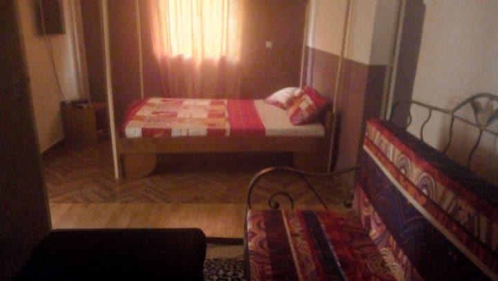 Chambres IV privée climatisée/Résidence du centre.