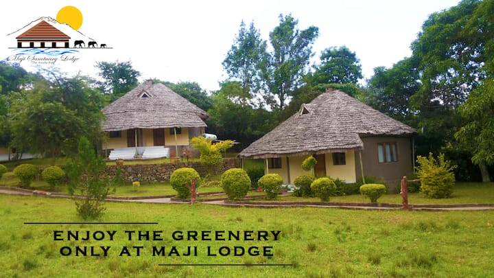 Maji Sanctuary Lodge (Arusha, Tanzania)