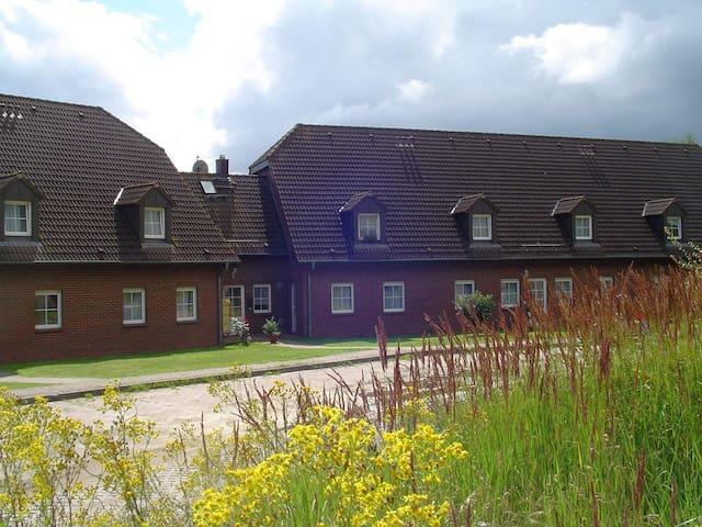 Boddenhof Stedar - Buschvitz - Byt