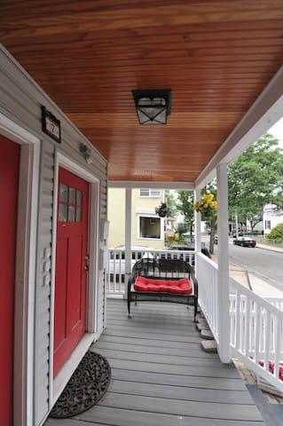 CLEAN - see Reviews! - Boston/Somerville/Cambridge