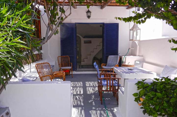Two steps away from the beach of Zimmari - Panarea - Panarea