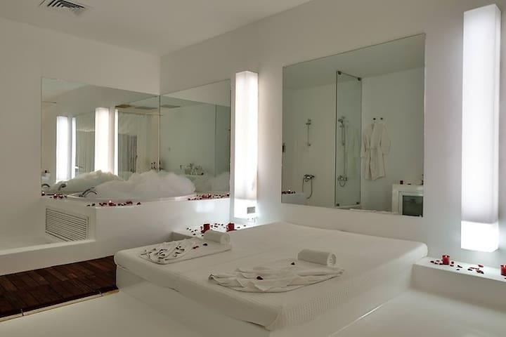 SUNIS SU HOTEL DELUXE SEA VIEW EXT BED-HALF BOARD