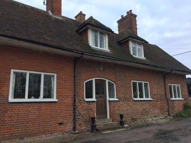 Home Farm  Farmhouse in Kent