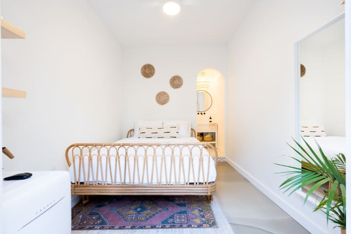 The Cutest Cozy Casita in the Heart of North Park!