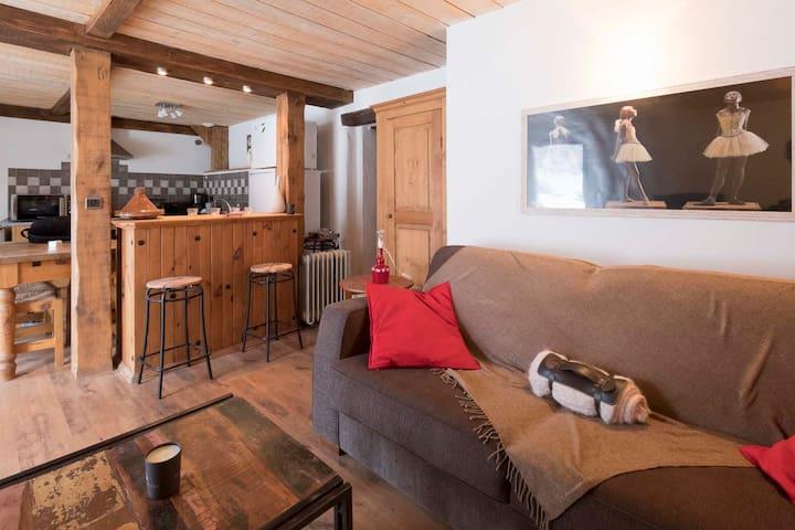 Appartement dans chalet avec terrasse ensoleillée - Saint-Gervais-les-Bains - Wohnung
