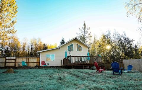 Alaskan Lakehouse 1 bedroom plus loft w/2 beds