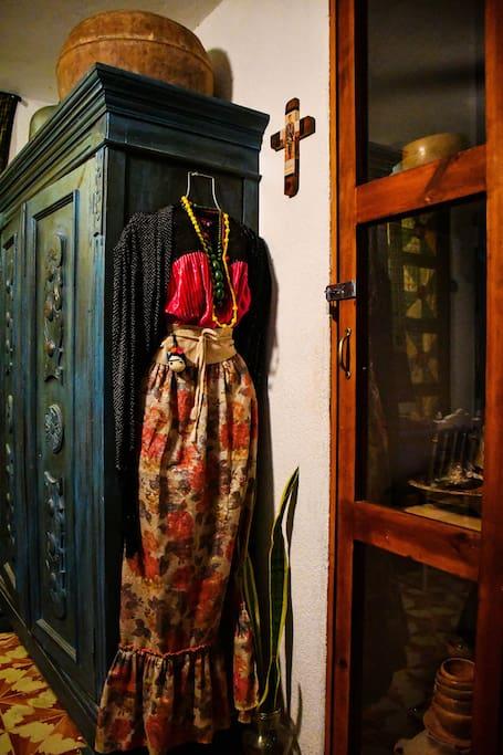 Ropero Azul del cuarto de Frida