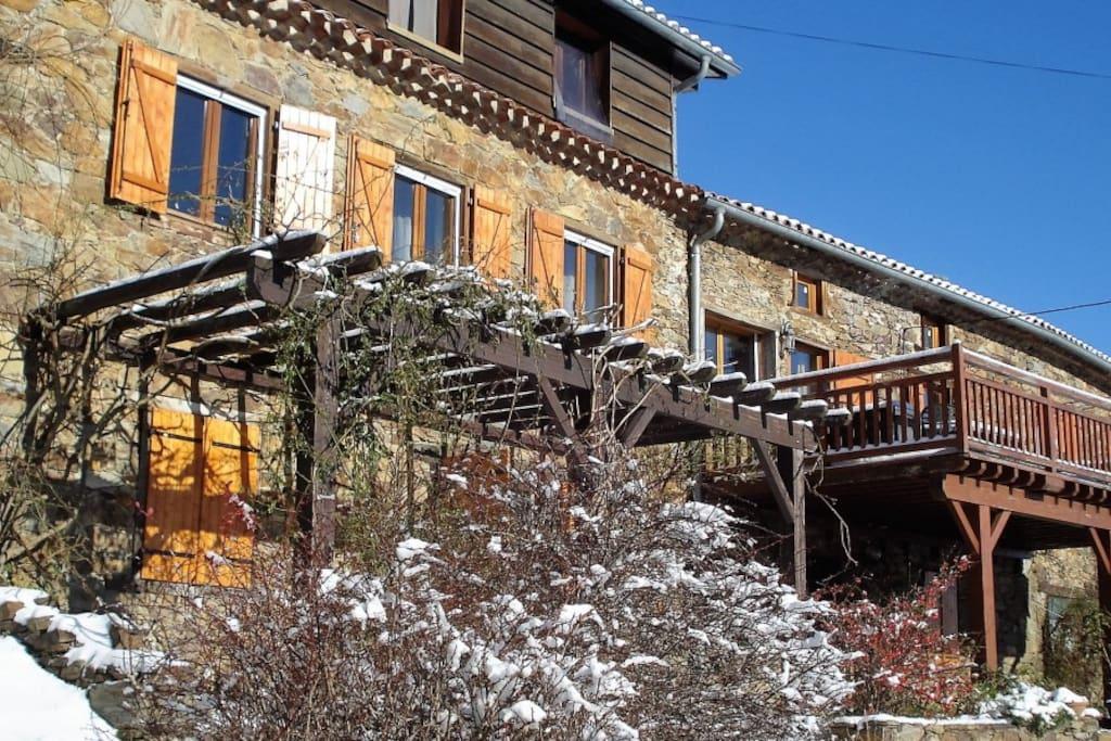 g te de montagne terrasse belle vue chemin e piano maisons louer le bosc languedoc. Black Bedroom Furniture Sets. Home Design Ideas