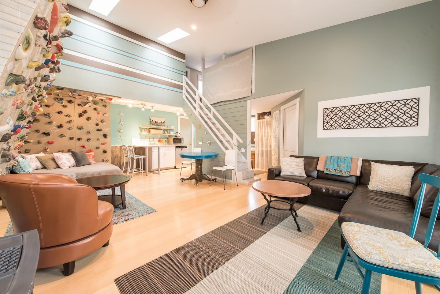 Welcome the Buena Vista Garden Apartment
