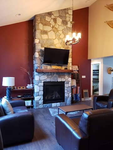 Home Away From Home! $115 - January-April