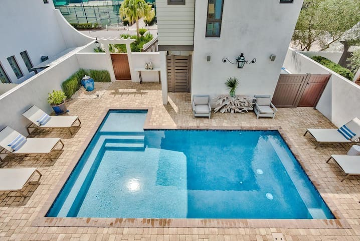 STEPS From Rosemary! Private Pool, Carriage House!