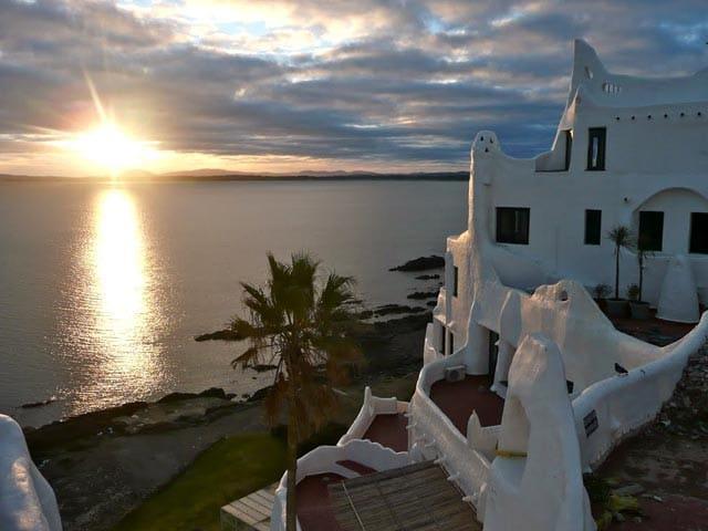 Casapueblo: Fiestas y verano / Holidays and summer