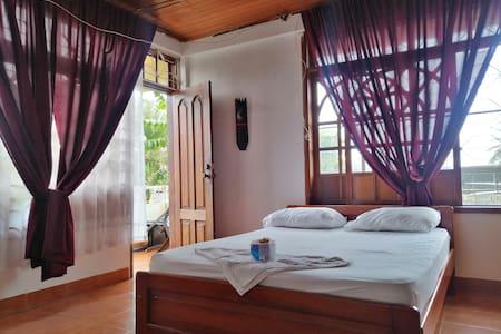 Room doble, balcony and bathroom