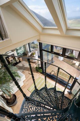 Whiterocks Villa