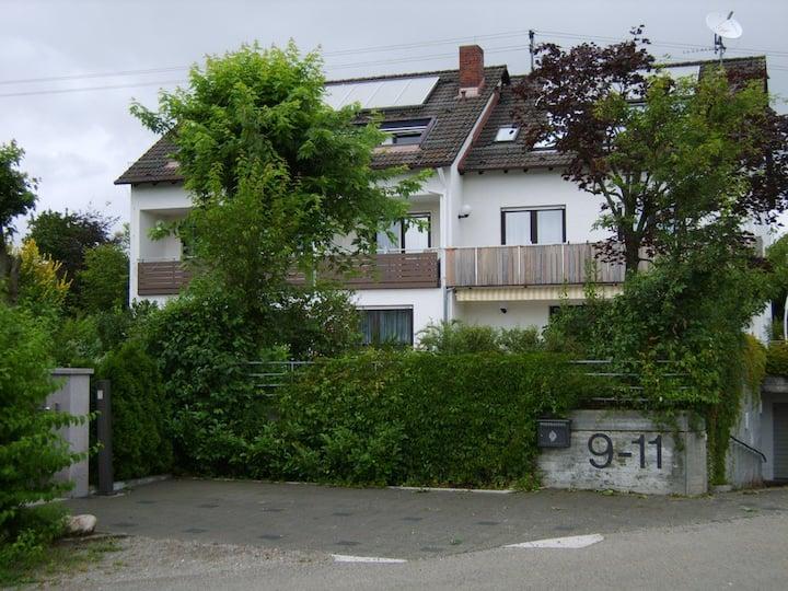 Appartement am Neu-Ulmer Stadtrand mit Balkon