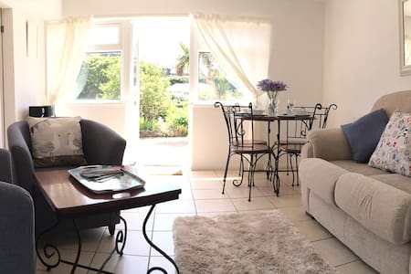 150m from Steephill Cove & Ventnor Botanic Gardens - Ventnor