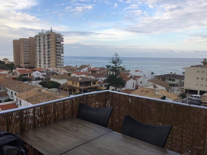 Apartamento con vistas al mar en El Mareny Blau