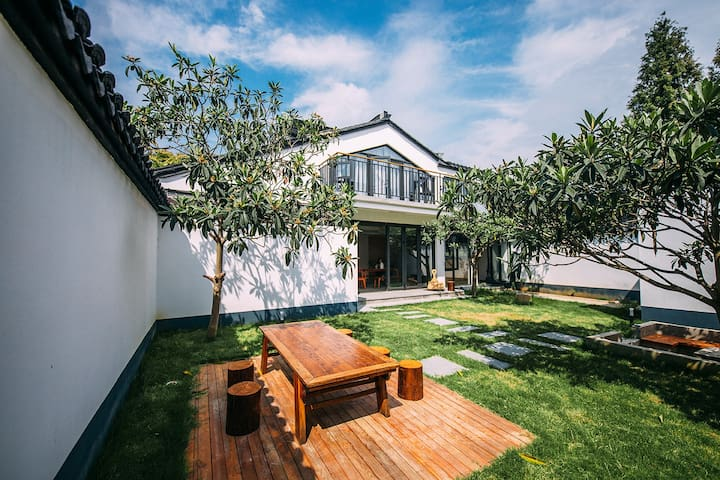 「耐心的院子·整栋」乡野民宿|建筑师匠心之作|苏州太湖西山岛|近湖山景