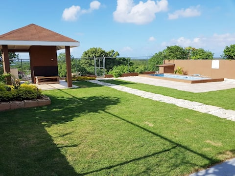 Jamin Villa (Home w/ prvt pool)
