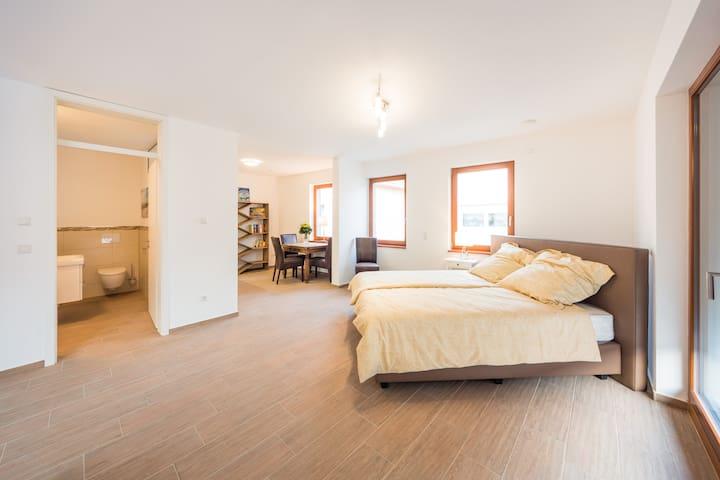 ELMIS Boardinghouse  KomfortXL 47qm - Heddesheim - Apartment