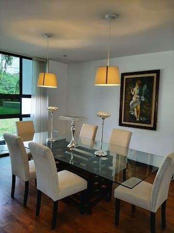 Casa de lujo en zona exclusiva de Tegucigalpa