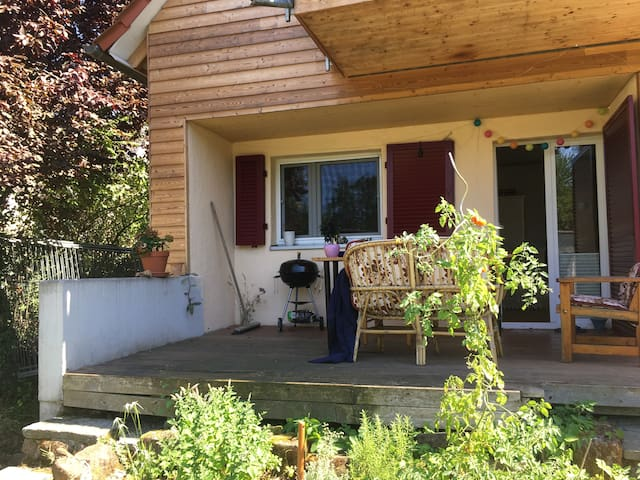 Charmantes Haus + Garten für 2 Wochen zu vermieten